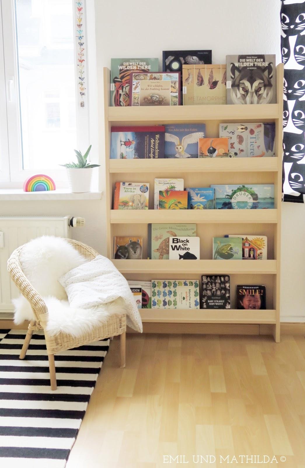 Full Size of Emil Und Mathilda Unser Neues Montessori Bcherregal Regale Kinderzimmer Regal Sofa Weiß Kinderzimmer Kinderzimmer Bücherregal