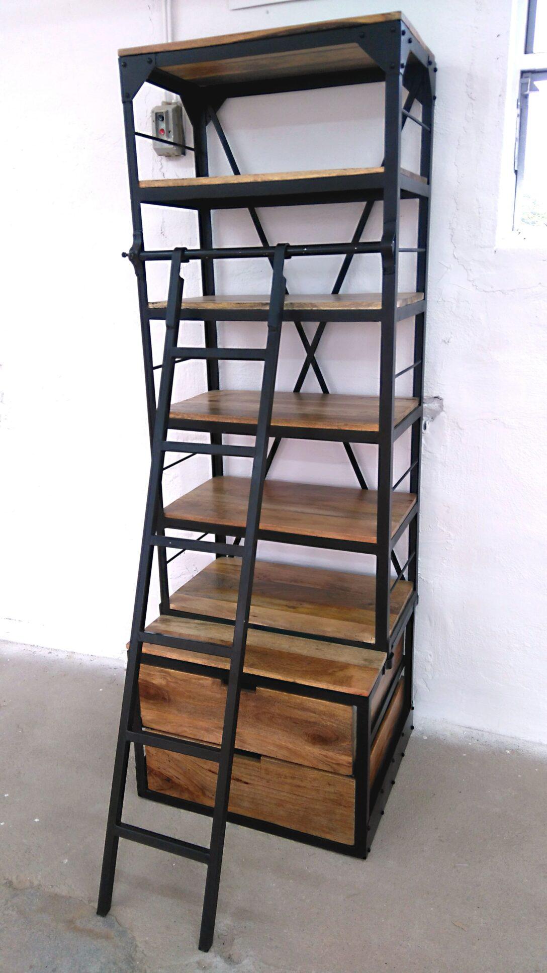 Large Size of Regal Leiter Metall Bcherregal Holz Mit Mango Schäfer Regale Tisch Kombination Schlafzimmer Für Kleidung Designer Kinderzimmer Kleine 60 Cm Breit Paternoster Regal Regal Leiter