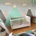 Kinderzimmer Jungs Junge Berge Mountains Heiluftballon Tipi Indianer Sofa Regal Regale Weiß Kinderzimmer Kinderzimmer Jungs