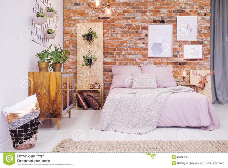 Medium Size of Schlafzimmer Mit Osb Stockbild Bild Von Botanisch Wandtattoo Lampe Landhausstil Komplettes Betten Stuhl Komplettangebote Wandleuchte Stehlampe Set Wohnzimmer Dekoration Schlafzimmer