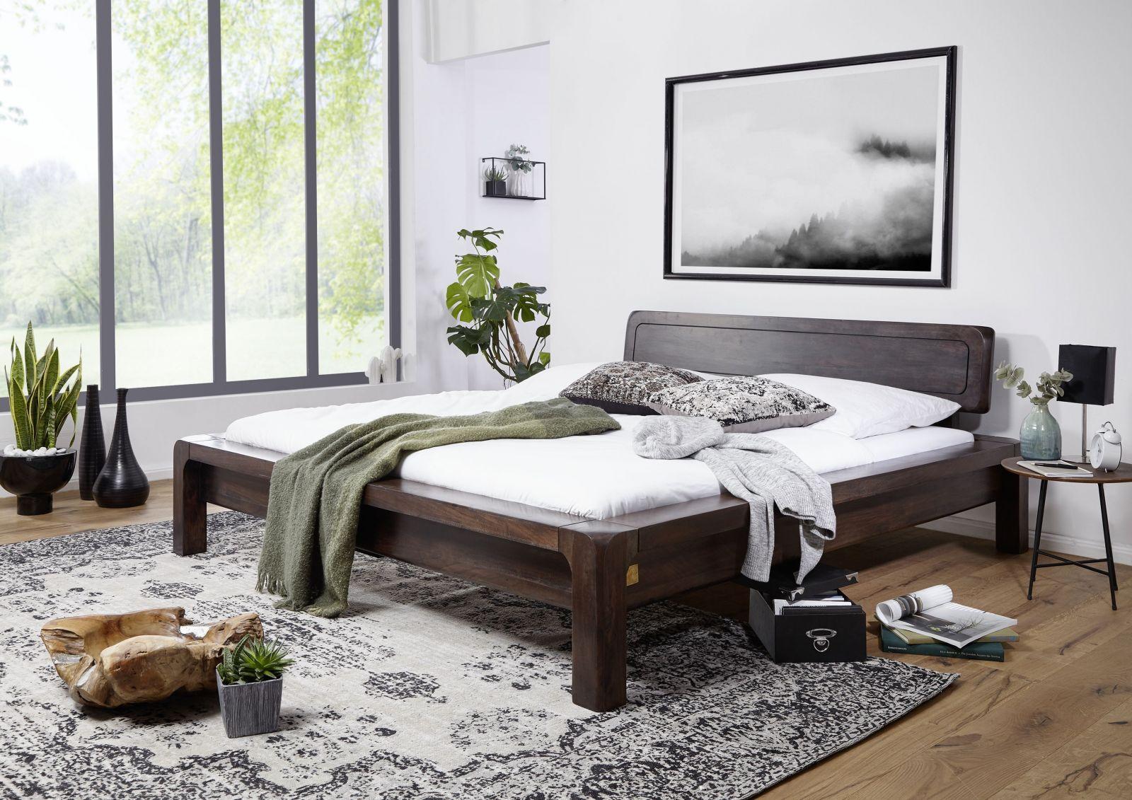 Full Size of Bett Modern Aus Akazie Holz Gelt Grau Wildeiche 120 Cm Breit Schwarzes Japanisches Ebay Betten 180x200 Weiß 140x200 Test Ausgefallene Kopfteil Für Wohnzimmer Bett Modern