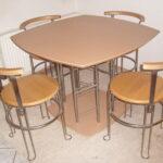Esstisch Mit 4 Stühlen Günstig Kleine Esstische Küche Kaufen Garten Loungemöbel Massivholz Fenster Rolladenkasten Shabby Chic Eiche Sägerau Bett 140x200 Esstische Esstisch Mit 4 Stühlen Günstig
