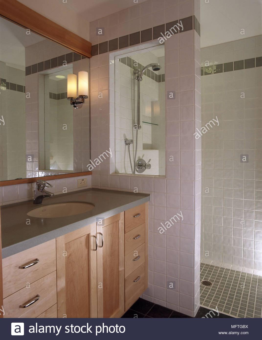 Full Size of Begehbare Duschen Moderne Rosa Badezimmer Waschbecken Schrank Dusche Breuer Kaufen Hsk Fliesen Ohne Tür Hüppe Schulte Werksverkauf Bodengleiche Sprinz Dusche Begehbare Duschen