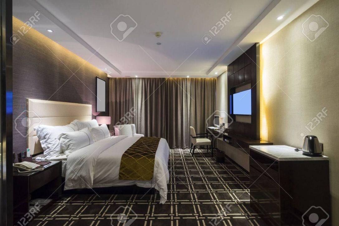 Large Size of Schlafzimmer Luxus Hotel Mit Schnen Lizenzfreie Fotos Wiemann Led Betten Günstige Komplett Lampen Wohnzimmer Rauch überbau Wandlampe Landhaus Massivholz Wohnzimmer Dekoration Schlafzimmer