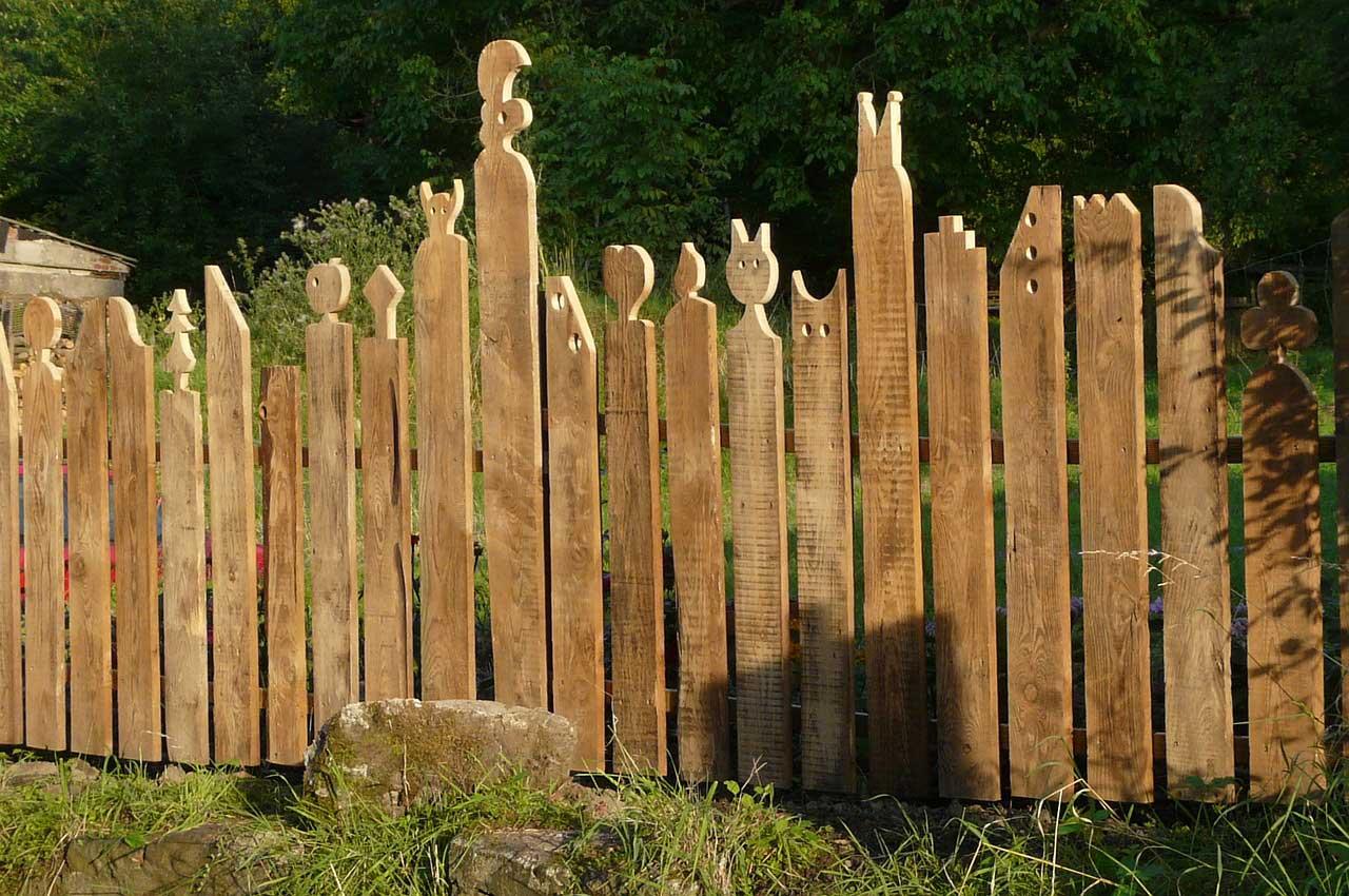 Full Size of Sichtschutz Holz Modern Holzzaun Berlin Doppelbogen Hornbach Garten Selber Bauen Balkon Hagebau Zaunelemente Bauanleitung Anleitung Stecksystem Toom Handwerker Wohnzimmer Sichtschutz Holz