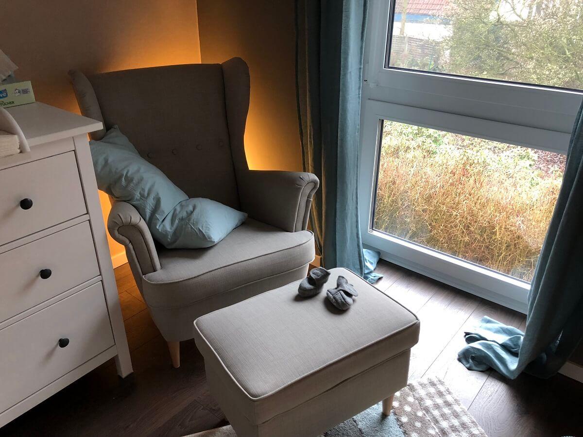 Full Size of Sessel Zum Stillen Und Entspannen Im Babyzimmer Ich Liebe Ihn Regal Kinderzimmer Weiß Sofa Hängesessel Garten Schlafzimmer Lounge Relaxsessel Aldi Regale Kinderzimmer Sessel Kinderzimmer