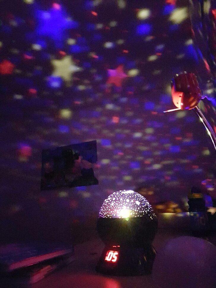 Medium Size of Rotierenden Nacht Licht Sternenhimmel Projektor Kinderzimmer Regal Sofa Weiß Regale Kinderzimmer Sternenhimmel Kinderzimmer