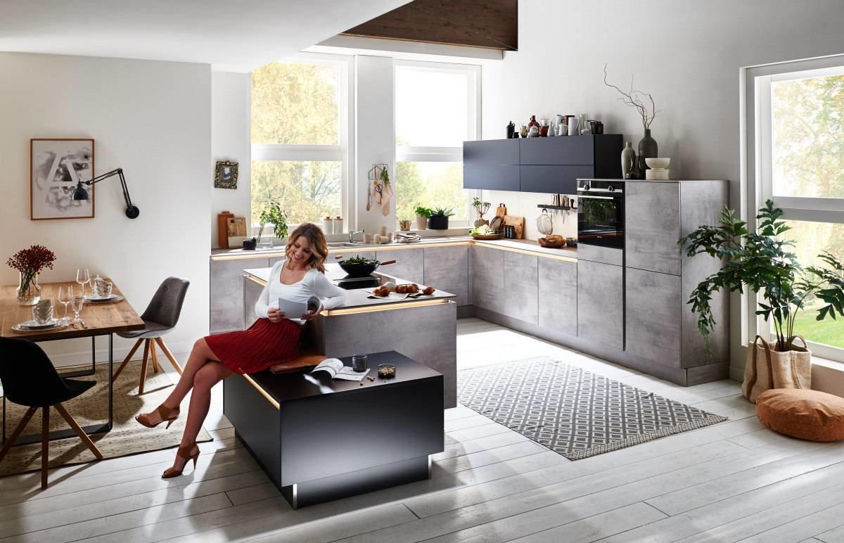 Full Size of Küchen U Form Sofa Mit Relaxfunktion Elektrisch Lounge Sessel Garten Aufbewahrungsbox Kugelleuchte Ebenerdige Dusche Kosten Obi Einbauküche Hüppe Duschen Wohnzimmer Küchen U Form