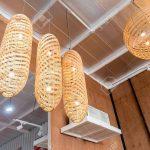 Holzlampe An Lizenzfreie Fotos Küche Schlafzimmer Wohnzimmer Für Led Bad Esstisch Betten Bett Im Wohnzimmer Holzlampe Decke
