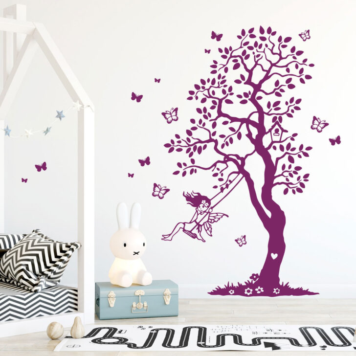 Medium Size of Wandtattoo Baum Elfe Fee Auf Schaukel Schmetterlinge Garten Kinderschaukel Für Sofa Kinderzimmer Schaukelstuhl Regal Weiß Regale Kinderzimmer Schaukel Kinderzimmer