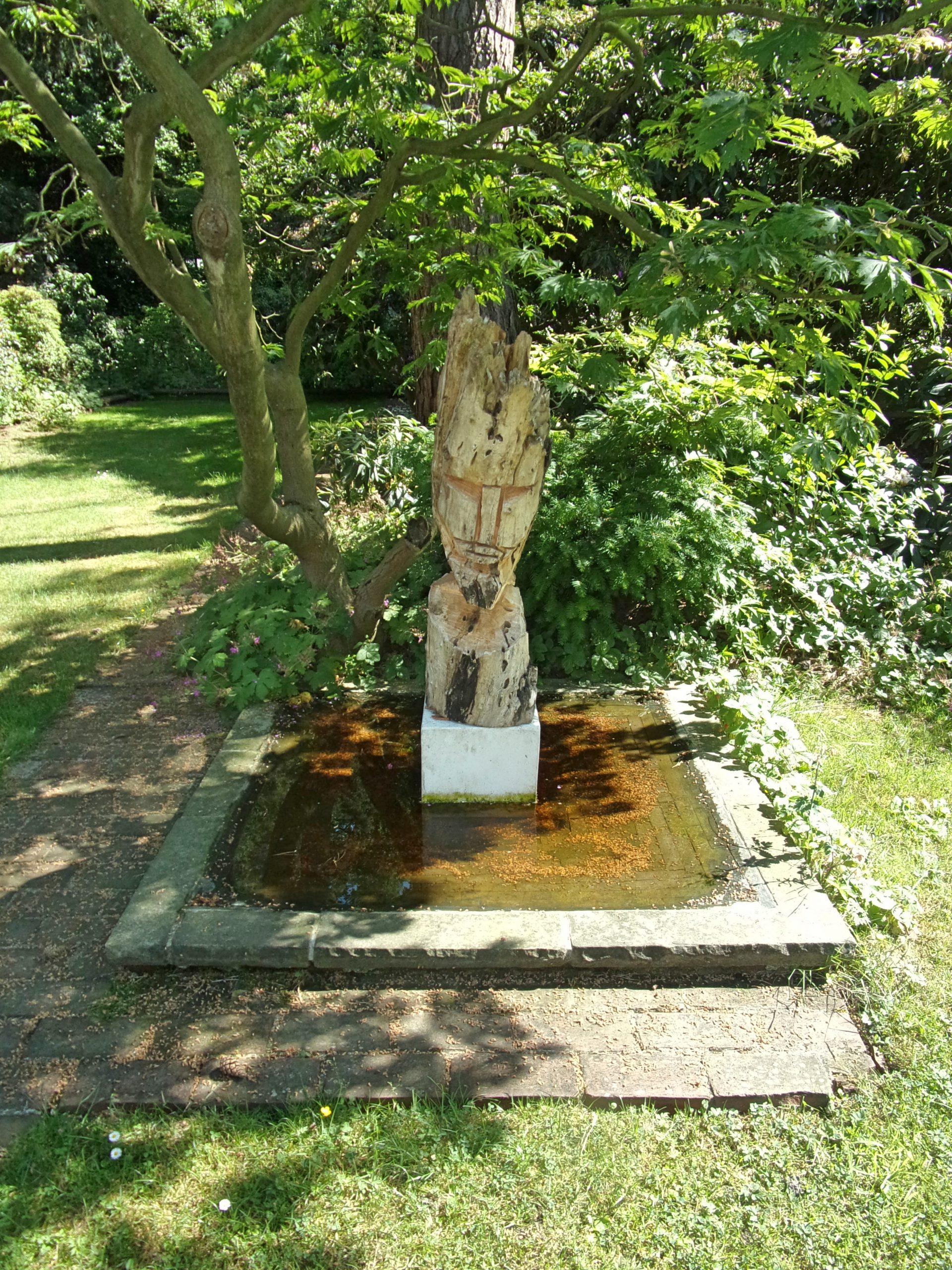 Full Size of Skulpturen Für Den Garten Filelttge Hh Lokstedt Von Peter Hoffmann Wick Leuchtkugel Ferienwohnung In Baden Fsj Württemberg Bodengleiche Duschen Relaxsessel Wohnzimmer Skulpturen Für Den Garten