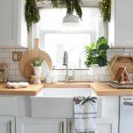 Sie Mchten Kche Weihnachtlich Dekorieren Hier Ein Paar Landhausküche Weiß Küche Einrichten Holzregal Industrie Singleküche Arbeitsplatte Winkel Schwingtür Wohnzimmer Deko Ideen Küche