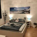Schlafzimmer Deko Snowboard Rauch Sessel Truhe Wohnzimmer Dekoration Wiemann Massivholz Luxus Loddenkemper Wandbilder Deckenleuchten Wohnzimmer Schlafzimmer Deko