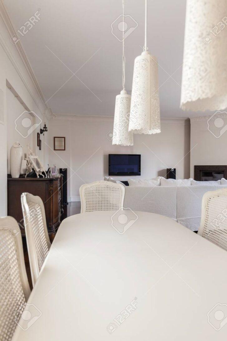 Weißer Esstisch Weier Und Sthle Im Rund Ausziehbar Grau Holz Weiß Quadratisch Beton Kleiner Esstische Teppich Esstische Weißer Esstisch