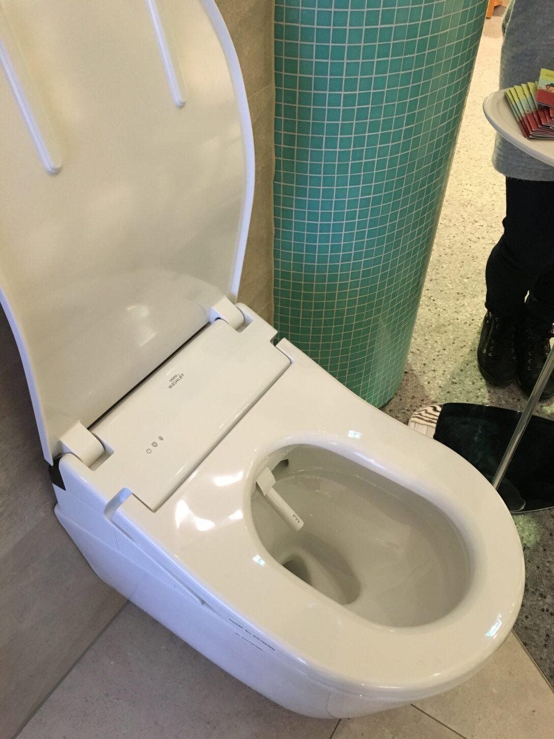 Large Size of Dusch Wc Test Aufsatz Testsieger 2018 2019 Schweiz Stiftung Warentest Esslingen 2017 Toto Testberichte Das Washlet Von Japanische Perfektion Des Wcs Dusche Dusch Wc Test