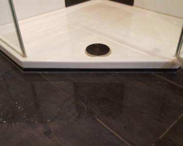 Dusche Ebenerdig Dusche Bodengleiche Dusche Nachtrglich Installieren Vorteile Begehbare Fliesen Unterputz Armatur Glastür Schulte Duschen Werksverkauf Ebenerdige Kosten Haltegriff
