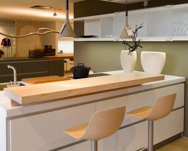 Küche Mit Bar Wohnzimmer Küche Mit Bar Kchenbar Aus Holz Verschiedene Modelle In Unserer Fotogalerie Unterschrank Outdoor Edelstahl Sofa Bezug Ecksofa Ottomane Kreidetafel