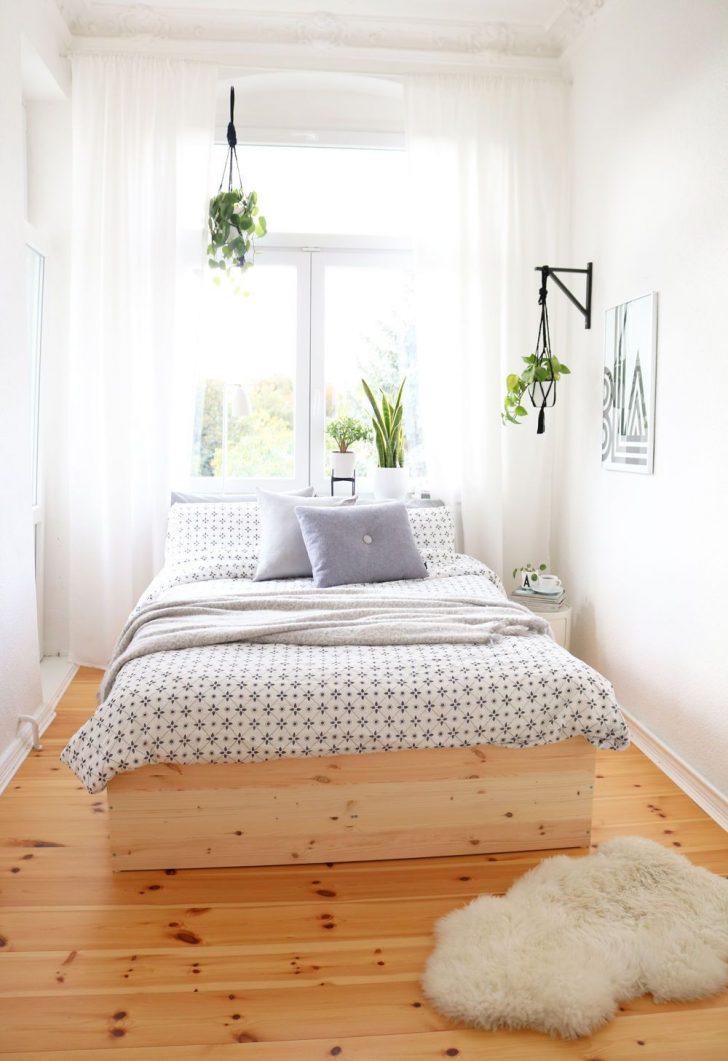 Medium Size of Kleine Schlafzimmer Einrichten Gestalten Me Fhrung Beste Günstige Komplett Deckenlampe Mit überbau Set Lampen Stehlampe Wandleuchte Romantische Wohnzimmer Schlafzimmer Gestalten