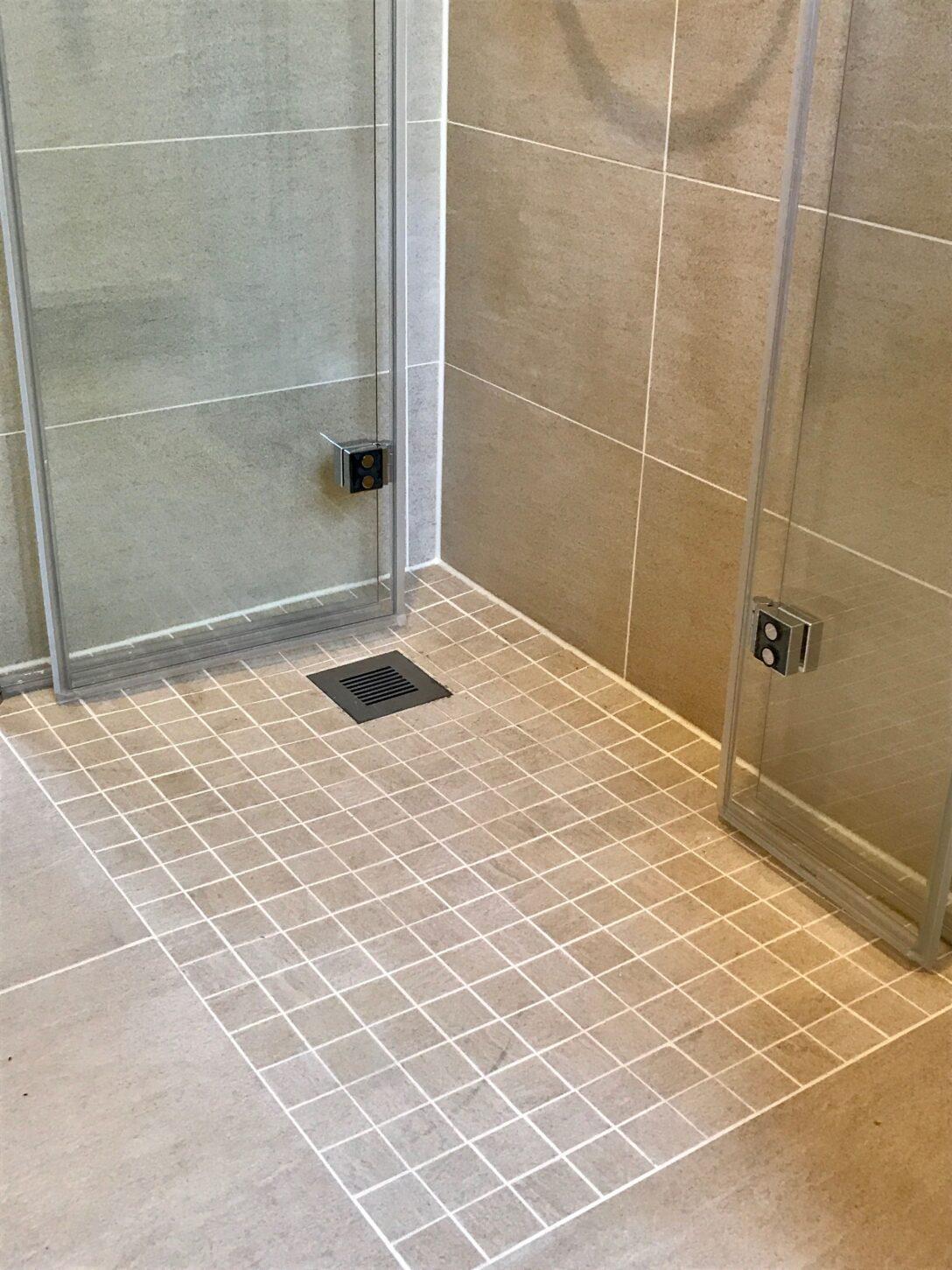Large Size of Bodengleiche Duschen Bf Modul Fr Dusche Kaufen Fliesen Hüppe Moderne Breuer Hsk Schulte Werksverkauf Begehbare Sprinz Einbauen Nachträglich Dusche Bodengleiche Duschen