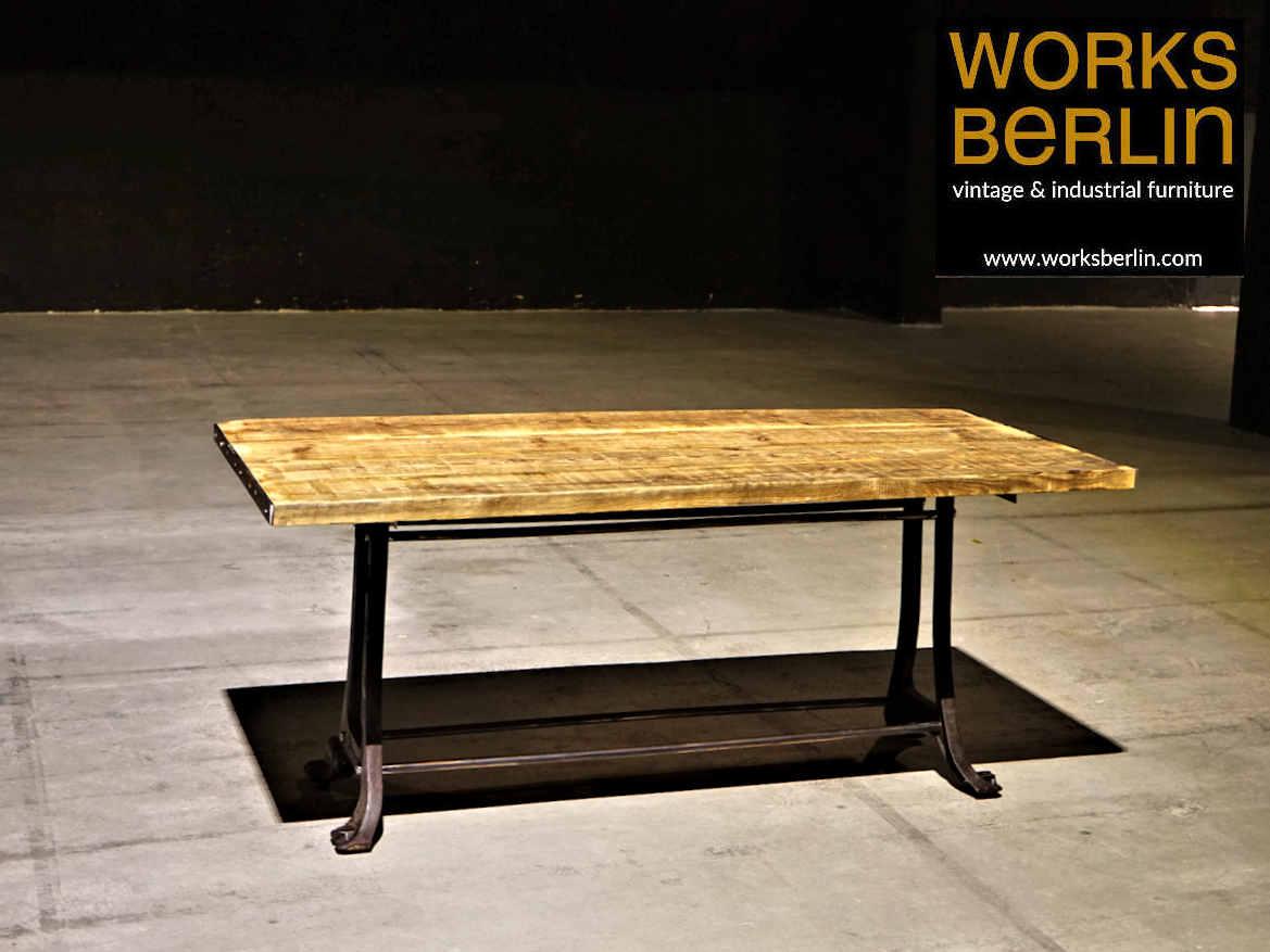 Full Size of Industrial Tisch Style Tische Auf Alten Esstisch Sofa Massiv Skandinavisch Shabby Chic Weißer Mit 4 Stühlen Günstig Quadratisch Rustikal Esstische Set Holz Esstische Esstisch Industrial