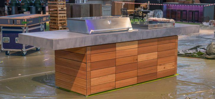 Medium Size of Outdoor Küche Beton Aussenkueche Grill Holz Living Betonboden Gussboden Klapptisch Wandtattoo Kinder Spielküche Günstig Kaufen Handtuchhalter Lüftung Wohnzimmer Outdoor Küche Beton