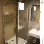 Moderne Duschen Dusche Kleine Duschen Fliesen Begehbare Gemauert Dusche Ohne Ebenerdig Gefliest Stockbild Bild Von Glatt Landhausküche Sofa Kaufen Schulte Werksverkauf Esstische