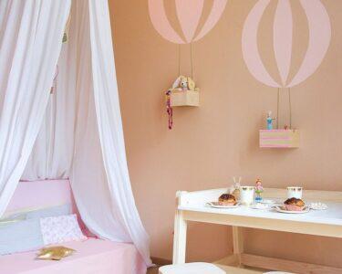 Kinderzimmer Wanddeko Kinderzimmer Kinderzimmer Wanddeko Diy Wand Mit Ballon Motiv Regale Sofa Regal Küche Weiß