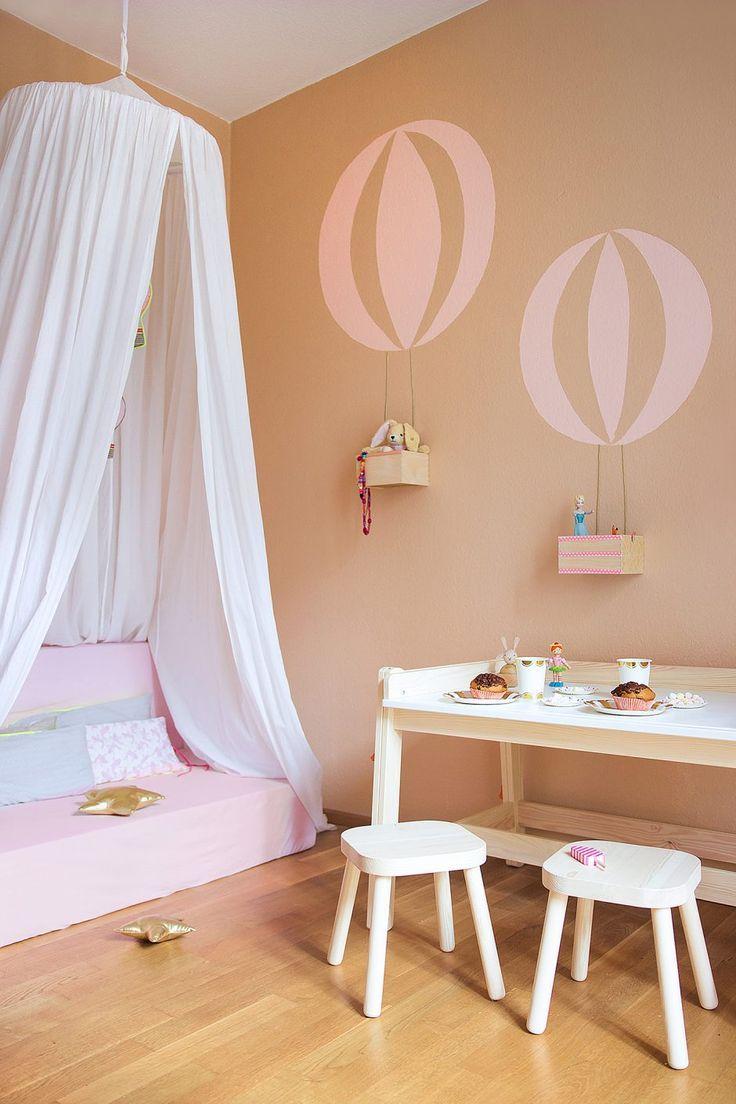 Full Size of Kinderzimmer Wanddeko Diy Wand Mit Ballon Motiv Regale Sofa Regal Küche Weiß Kinderzimmer Kinderzimmer Wanddeko