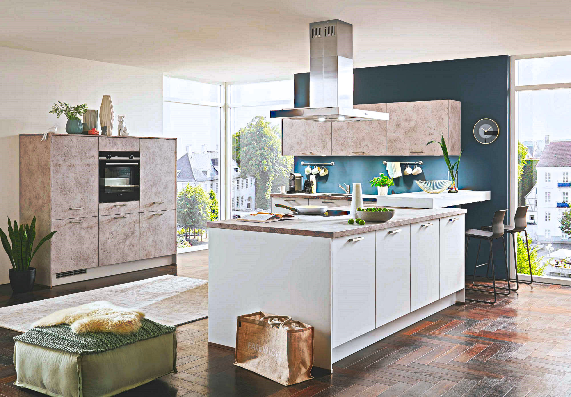 Full Size of Moderne Kche Mit Mittelinsel Gnstig Kaufen Auf 7000m2 Kchen Küche E Geräten Günstig Billige Erweitern Modulare Einbauküche Gebraucht Hochschrank Wohnzimmer Küche