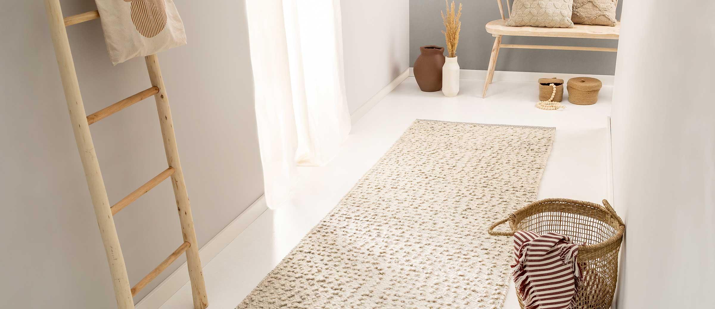 Full Size of Esstisch Rustikal Holz Oval Weiß Schlafzimmer Teppich 120x80 Eiche Massiv Shabby Chic Wohnzimmer Teppiche Mit Baumkante Weißer Günstig Antik Wildeiche Esstische Esstisch Teppich