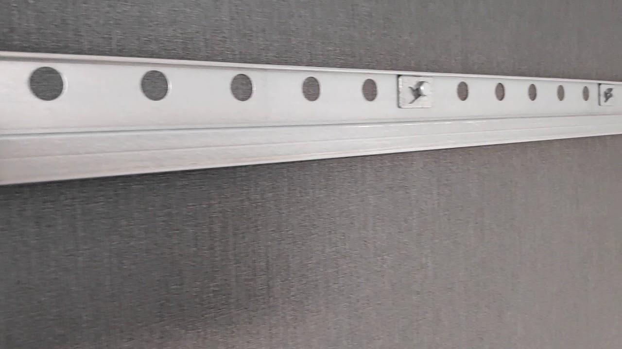 Full Size of Ikea Hängeschrank Aufhngeschiene Youtube Bad Weiß Küche Kaufen Höhe Betten Bei Kosten Sofa Schlaffunktion 160x200 Glastüren Hochglanz Wohnzimmer Ikea Hängeschrank