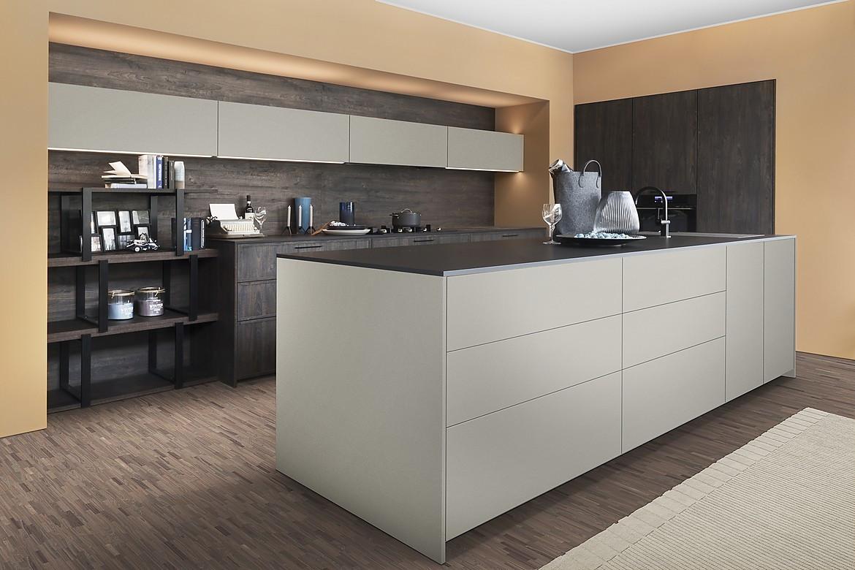 Full Size of Kücheninsel Moderne Kcheninsel In Grau Wohnzimmer Kücheninsel