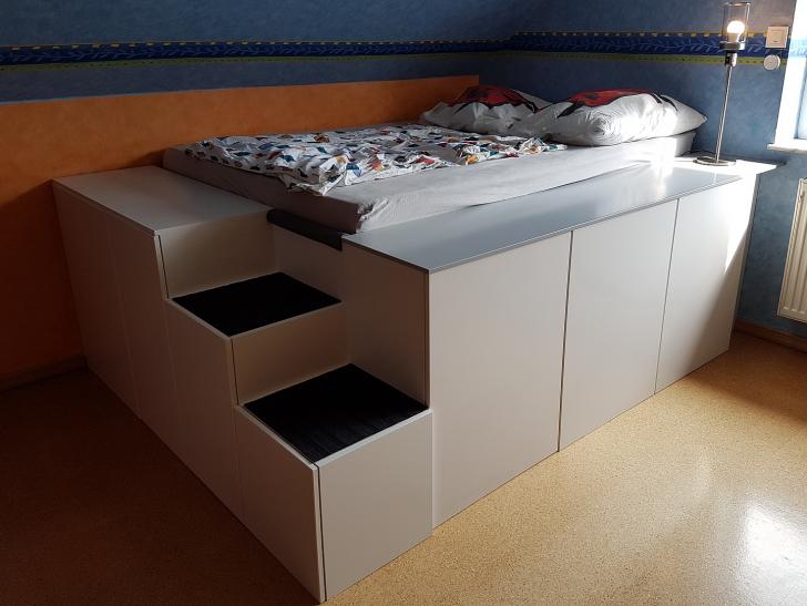 Medium Size of Bett Mit Viel Stauraum Ikea Diy 140x200 Selber Bauen 180x200 120x200 Aus Kchenschrnken Homematic Integration Smart Wohnen Bettkasten Schwarz Weiß Breit Wohnzimmer Bett Mit Stauraum Ikea