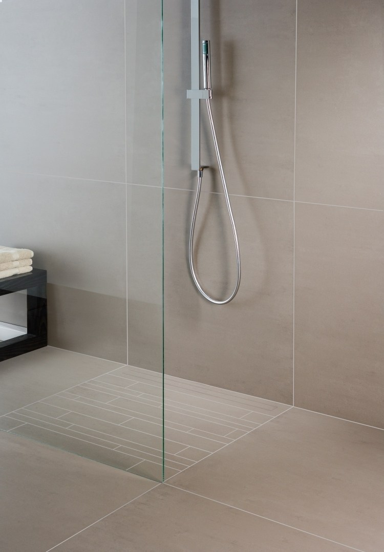 Full Size of Dusche Ebenerdig Ebenerdige In 55 Attraktiven Modernen Badezimmern 80x80 Antirutschmatte Raindance Bodengleiche Duschen Glastür Kleine Bäder Mit Hüppe Dusche Dusche Ebenerdig