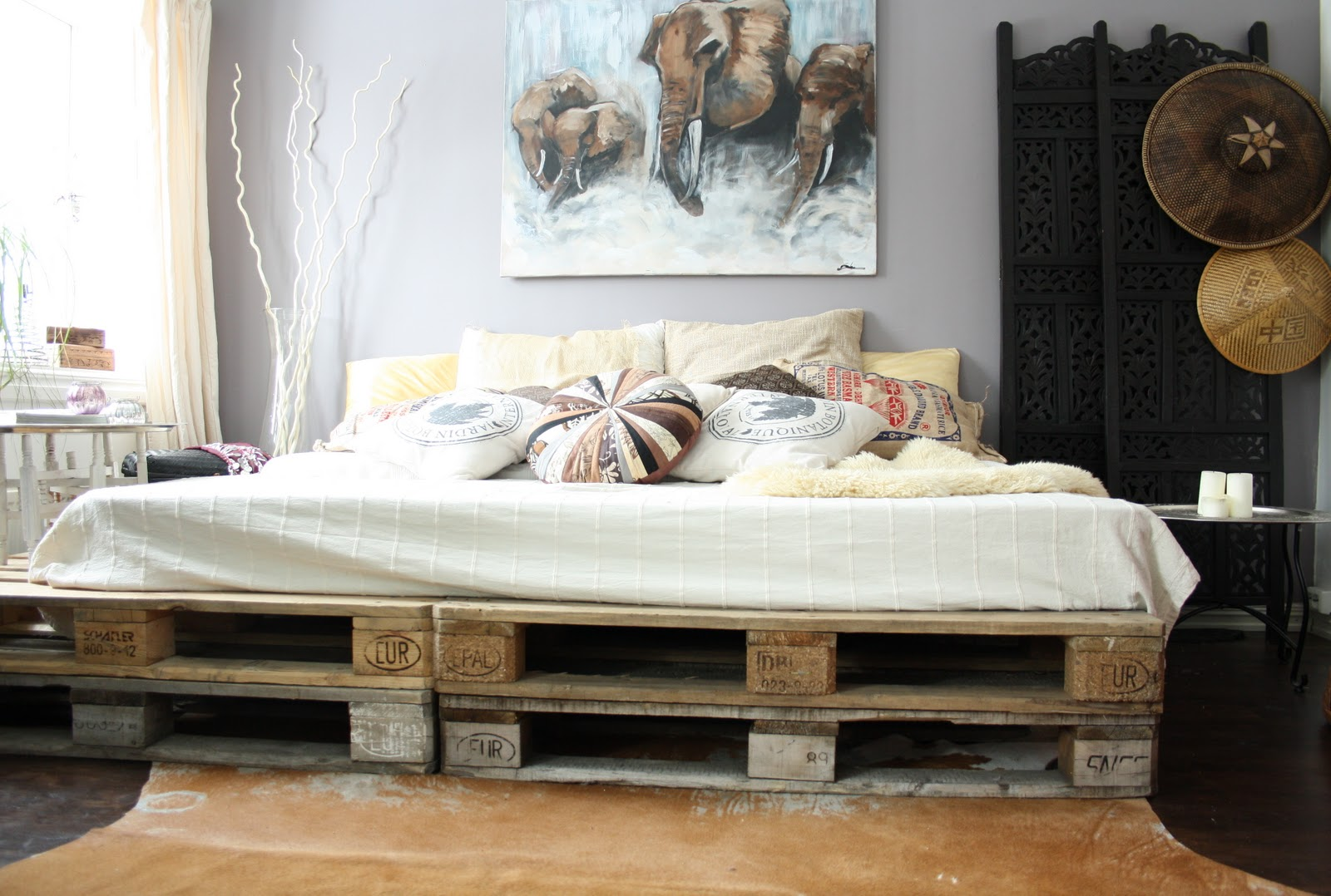 Full Size of Diy Bett Aus Europaletten Als Coole Wohnidee Schlafzimmer Betten Günstig Kaufen Kopfteil 140 Rattan Himmel 220 X Einzelbett Amazon Günstige Buche Mit Wohnzimmer Europaletten Bett