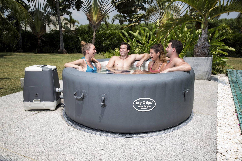 Full Size of Whirlpool Aufblasbar Outdoor Winterfest Obi Garten Hornbach Test 6 Personen 2018 4 Rund Palm Springs Hydrojet Lay Wohnzimmer Whirlpool Aufblasbar