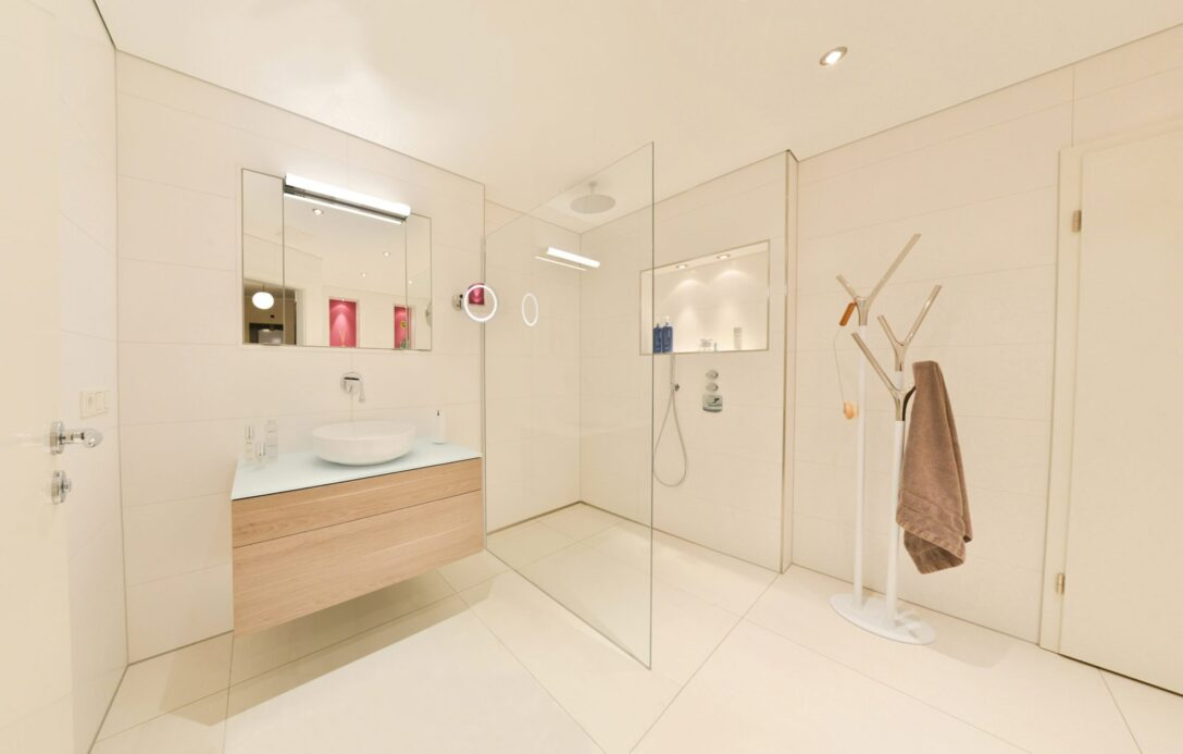 Large Size of Schulte Duschen Bodengleiche Dusche Pendeltür Bluetooth Lautsprecher Fenster Einbauen Kosten Komplett Set Badewanne Glastrennwand Bidet Moderne Hüppe Dusche Bodengleiche Dusche Einbauen