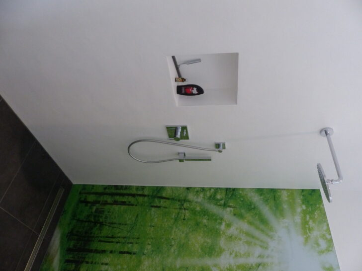 Medium Size of Dusche Wand Wnde Badezimmer Ohne Fliesen Wandlampe Bad Küche Wandverkleidung Wandtattoos Sprüche Breuer Duschen Wandtattoo Schiebetür Einhebelmischer Dusche Dusche Wand