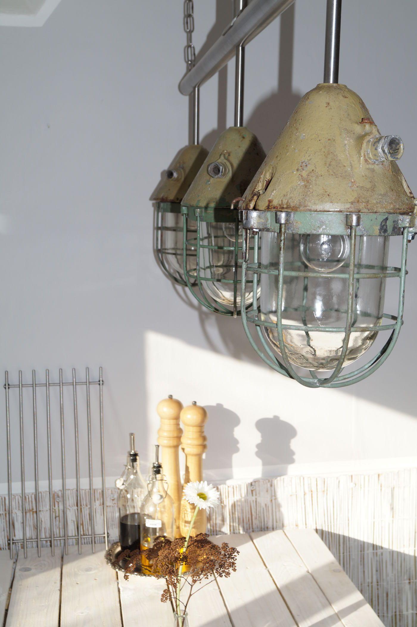 Full Size of Designer Lampen Esstisch Bad Led Massiv Ausziehbar Massivholz Sofa Für Deckenlampen Wohnzimmer Mit Stühlen Groß Küche Schlafzimmer Moderne Esstische Esstische Designer Lampen Esstisch