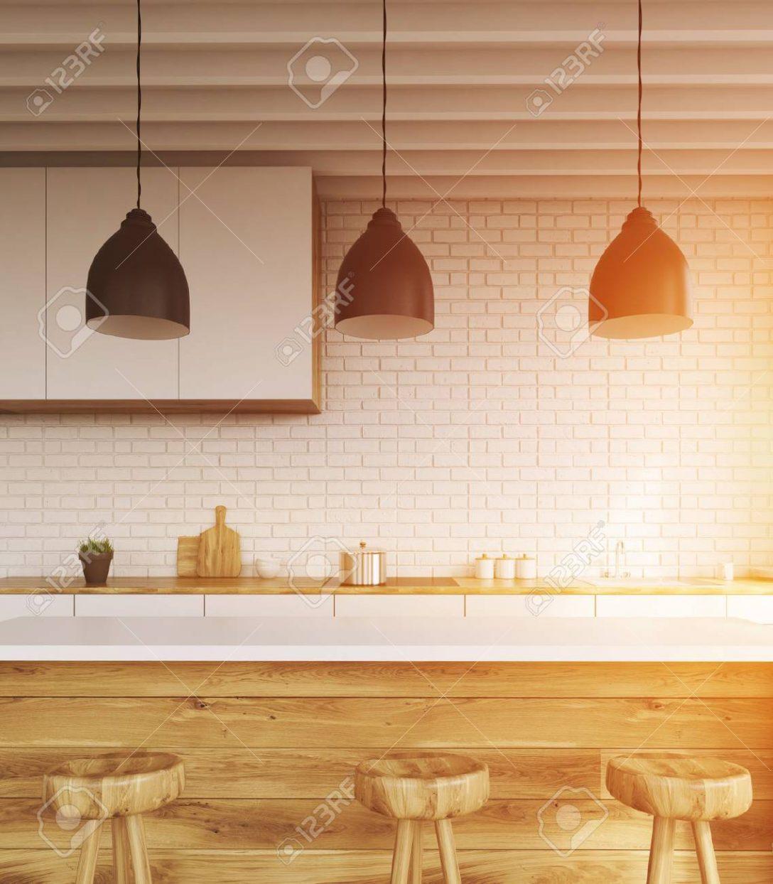 Large Size of Küche Wellmann Läufer Weiß Hochglanz Apothekerschrank Raffrollo Glaswand Was Kostet Eine Neue Ikea Kosten Hängeschrank Höhe Schlafzimmer Nischenrückwand Wohnzimmer Küche Deckenleuchte