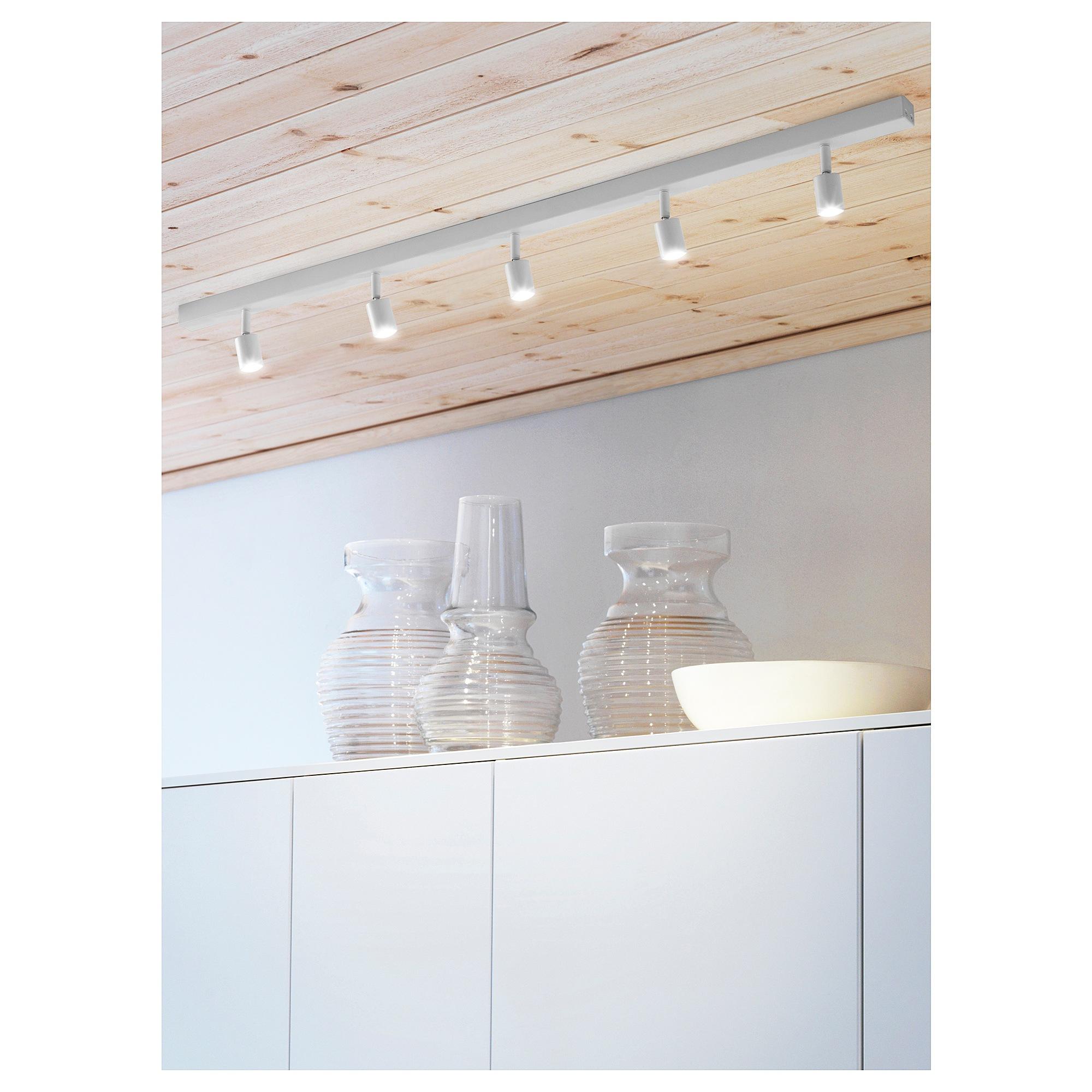 Full Size of Ikea Deckenlampe Bve Led Deckenschiene Mit 3 Spots In Wei Schlafzimmer Sofa Schlaffunktion Deckenlampen Für Wohnzimmer Küche Kosten Kaufen Modulküche Wohnzimmer Ikea Deckenlampe