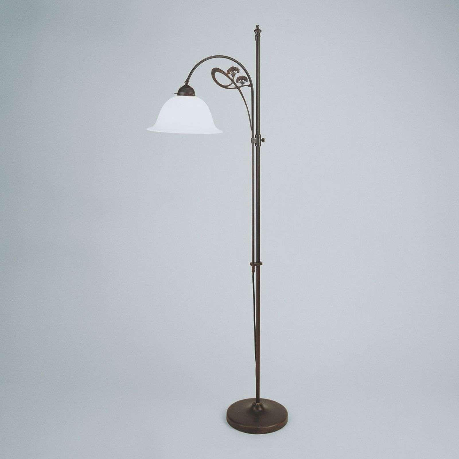 Full Size of Stehlampe Dimmbar Dezente Stehleuchte Ilka Schlafzimmer Stehlampen Wohnzimmer Wohnzimmer Stehlampe Dimmbar