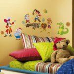 Piraten Kinderzimmer Kinderzimmer Piraten Kinderzimmer Wandsticker Jake Nimmerland Tapetenwelt Regale Sofa Regal Weiß