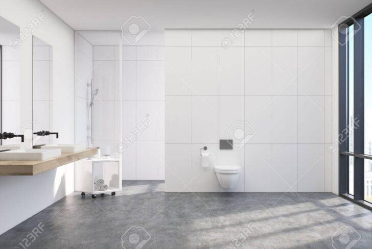 Medium Size of Weie Toilette Interieur Mit Einem Vertikalen Plakat Fliesen Für Dusche Glaswand Küche Begehbare Ohne Tür Duschen Eckeinstieg Wand Unterputz Armatur Anal Dusche Glaswand Dusche
