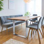 Tisch Und Bank In 2020 Minimalistische Esszimmer Sofa Mit Relaxfunktion Esstisch Akazie Bett Schubladen Badezimmer Spiegelschrank Beleuchtung Big Esstische Esstisch Mit Bank