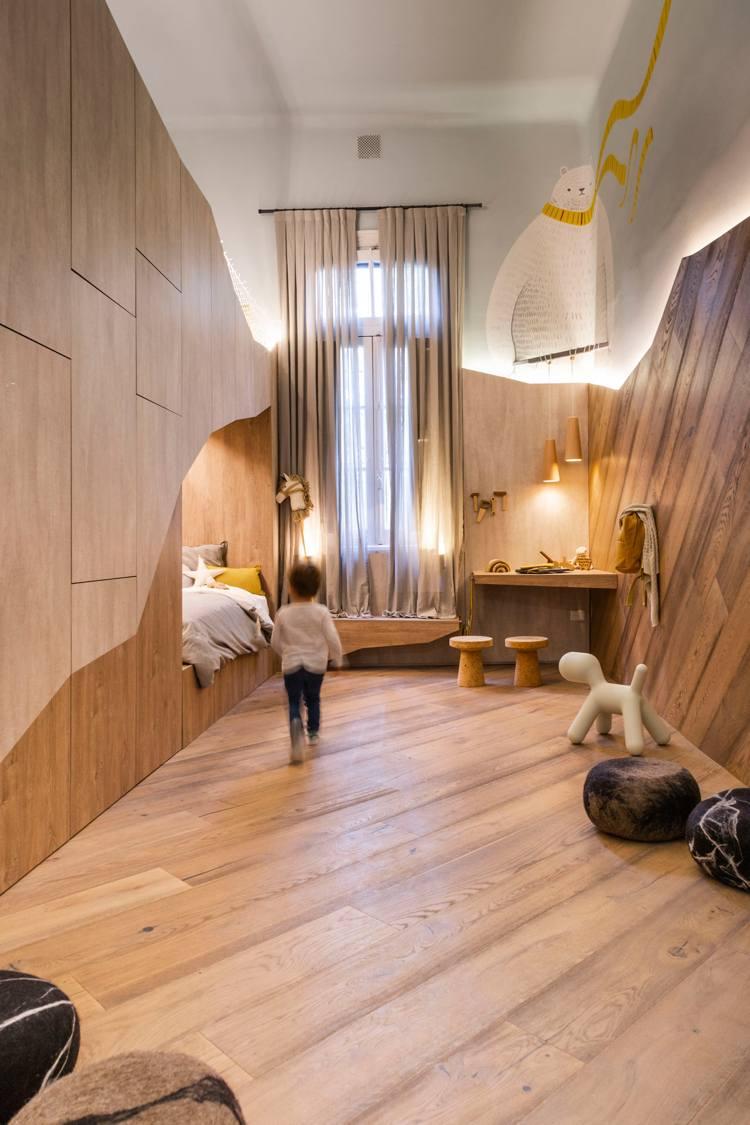 Full Size of Dieses Kreative Kinderzimmer Mit Hochbett Ldt Zum Wohlfhlen Ein Regal Sofa Weiß Regale Kinderzimmer Kinderzimmer Hochbett