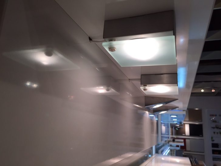 Beleuchtung In Der Kche Kchen Info Bett Mit Kurzzeitmesser Küche Lampen Landhaus Landhausküche Weiß Led Deckenleuchte Tapeten Für Die Poco E Geräten Wohnzimmer Beleuchtung Küche