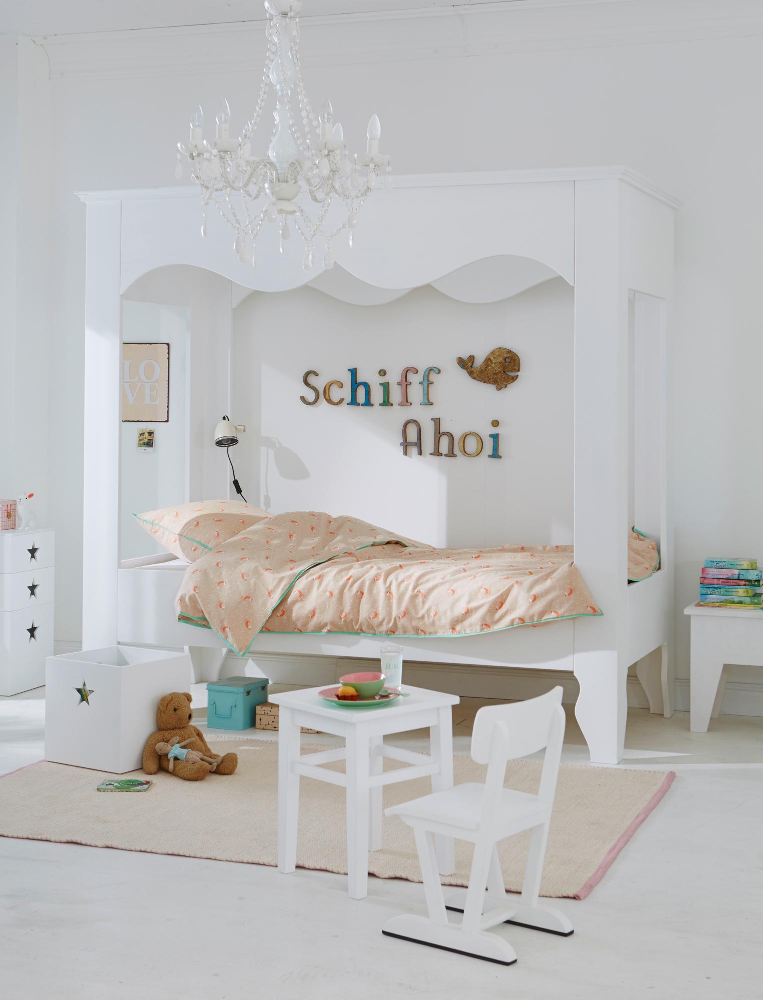 Full Size of Kronleuchter Kinderzimmer Weies Weieshimmelbett Regal Weiß Schlafzimmer Sofa Regale Kinderzimmer Kronleuchter Kinderzimmer