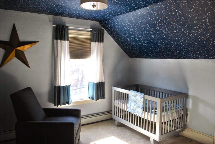 Medium Size of Mit Sternen Im 24 Fotos Regale Sofa Regal Weiß Kinderzimmer Sternenhimmel Kinderzimmer