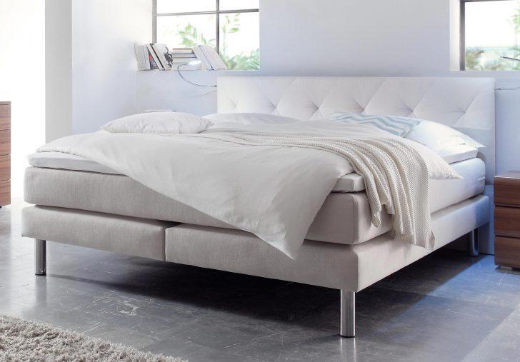 Medium Size of Bett Modern 180x200 Italienisches Design Puristisch Betten Holz Beyond Better Sleep Pillow Eiche 120x200 Hasena Boxspring Kopfteil Selber Bauen 200x200 Für Wohnzimmer Bett Modern